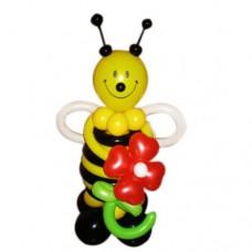 Пчёлка с цветком