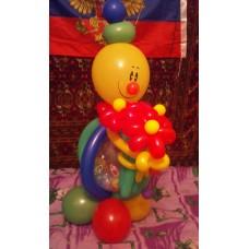 Клоун из шаров с цветами