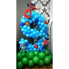 Цифра 9 из шаров на день рождения