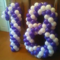 Цифра 18 из шаров
