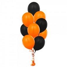 Фонтан с оранжевыми и черными воздушными шарами
