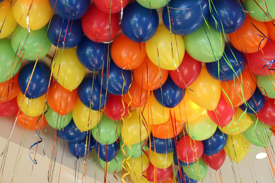 Оформление праздника в Симферополе с помощью гелиевых шаров ...